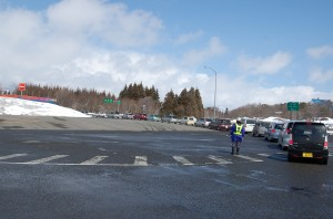Cars lined up to get gas at the Bandaisan service area on the Banetsu expressway in Fukushima