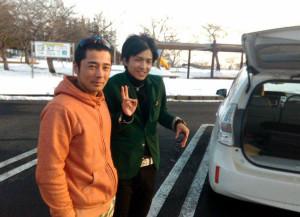 Father Tsukasa and son Naoto who took me to Miyagi Prerecture from Akita Prefecture.
